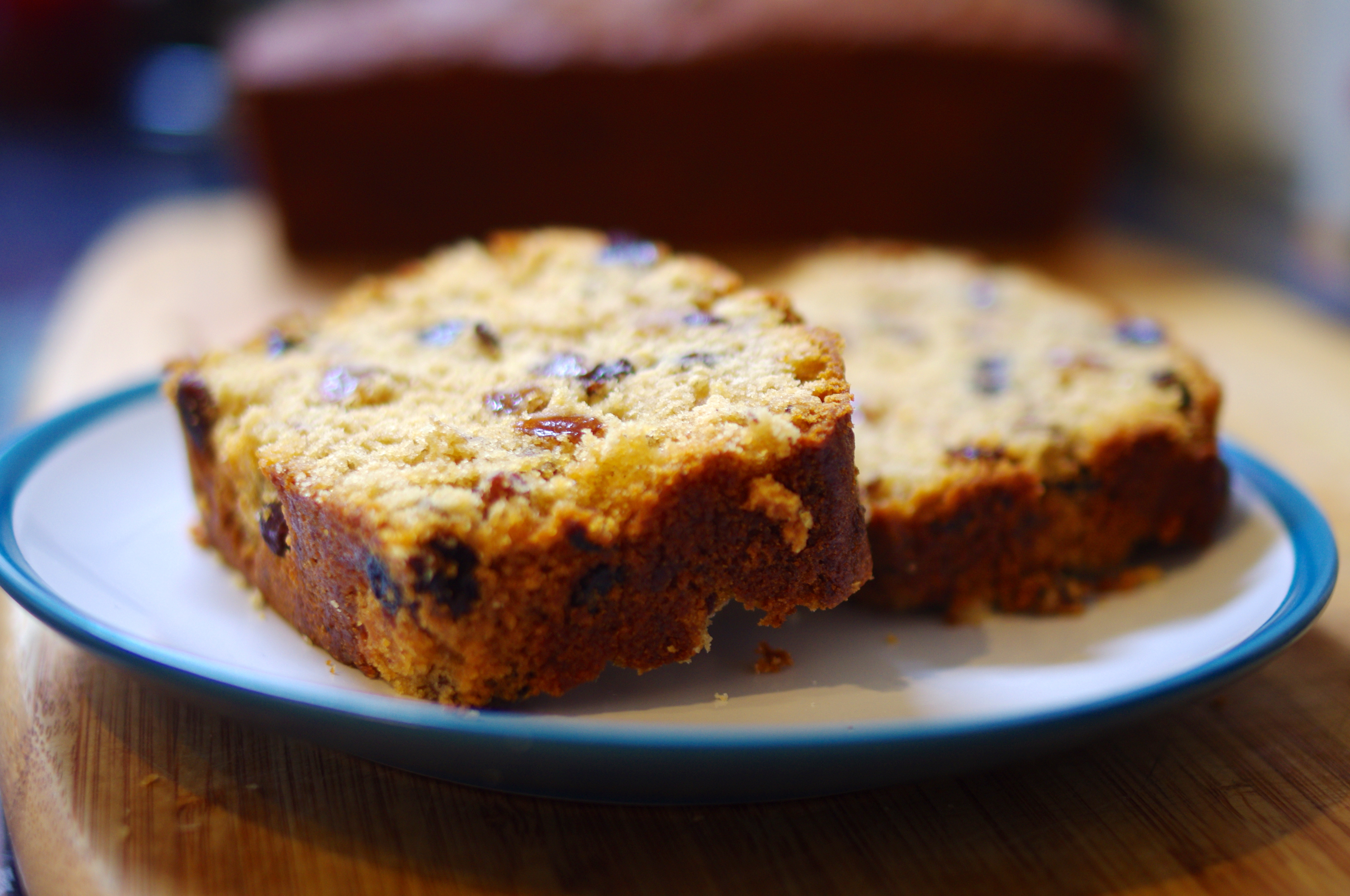 Cake With Fruit Mince : Mincemeat Loaf Cake SurreyKitchen